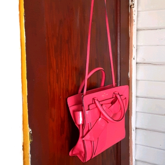 Kate Spade bow patent leather and leather bag